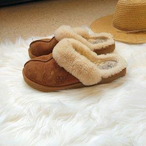 UGG Australia Coquette Sherpa Slippers Size 9
